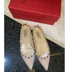 Valentino ballerina patent leather rockstud flat
